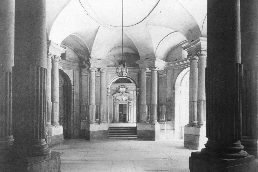 27 Palazzo Carignano Atrio